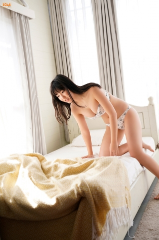 Aika Sawaguchithe new queen of gravure at 16 Im so excited051