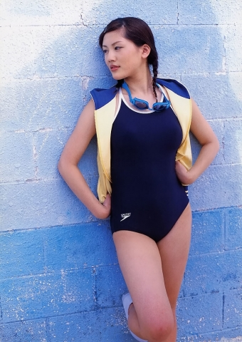 Haruka Ayases swaying Fcups High School Student in a Legendary Swimsuit030