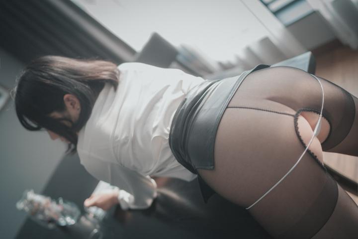 손손 (44)