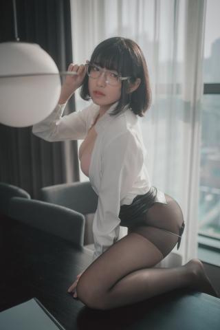 손손 (46)