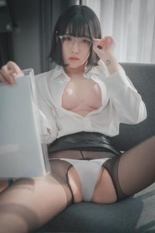 손손 (47)