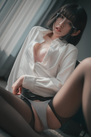 손손 (50)