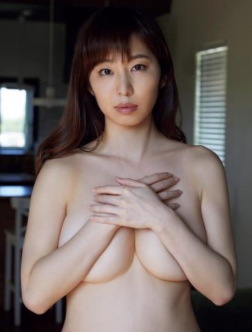 Misumi Shioji former announcer for Akita Asahi Broadcasting has a very sexy body007
