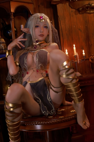 Black Beast The noble saint is dyed white Cosplay Swimsuit Gravure008