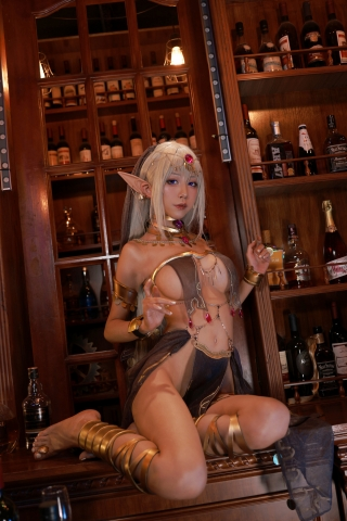 Black Beast The noble saint is dyed white Cosplay Swimsuit Gravure034