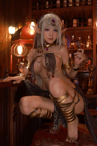 Black Beast The noble saint is dyed white Cosplay Swimsuit Gravure042