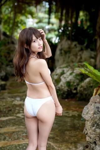 Is it an angel behind the seductive smile of Reia Hanasaki021