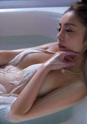 Asami Kumakiriseductive beautiful witch body004