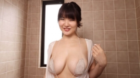 Tsumugi Hara a newcomer with Hcup breasts who just made her debut this year028