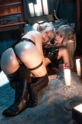 Cosplay Swimsuit Gravure Vampire Twins017
