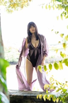 Ichihana Miri 1000 millimeters of unbelievable breasts005