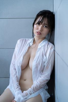 Ichihana Miri 1000 millimeters of unbelievable breasts029