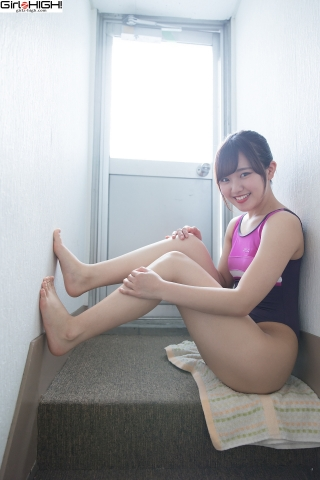 Anju Kouzuki FILA swimming suit023