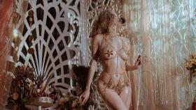 Blonde dancer cosplay swimsuit gravure020