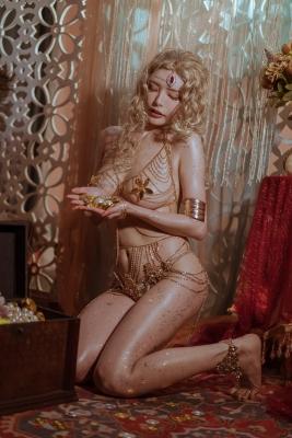 Blonde dancer cosplay swimsuit gravure023