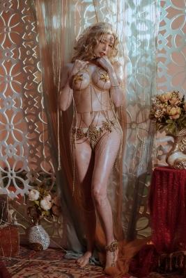 Blonde dancer cosplay swimsuit gravure025