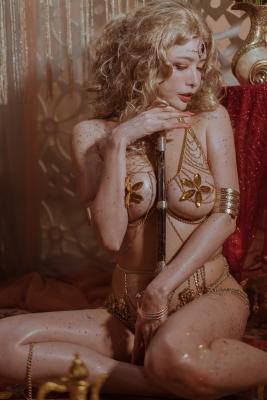 Blonde dancer cosplay swimsuit gravure041