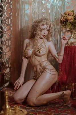 Blonde dancer cosplay swimsuit gravure044