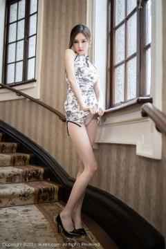 Beautiful Woman in China Dress White Lingerie Underwear Small Evening juju018