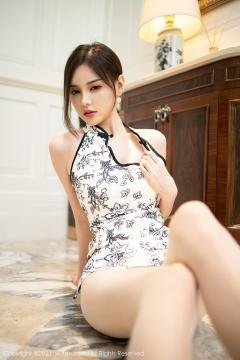 Beautiful Woman in China Dress White Lingerie Underwear Small Evening juju047