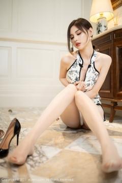 Beautiful Woman in China Dress White Lingerie Underwear Small Evening juju050