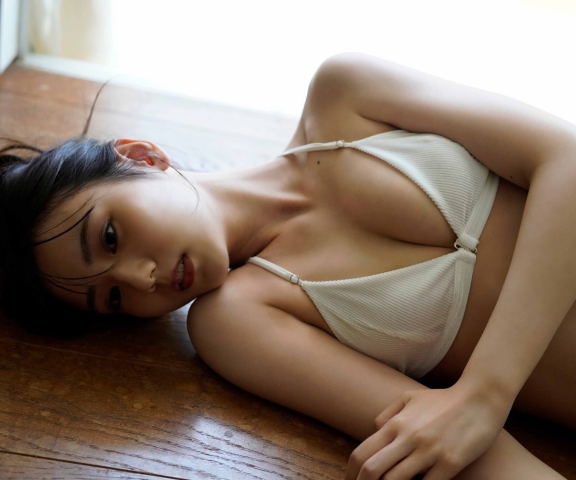 Yura Sato Glitter011