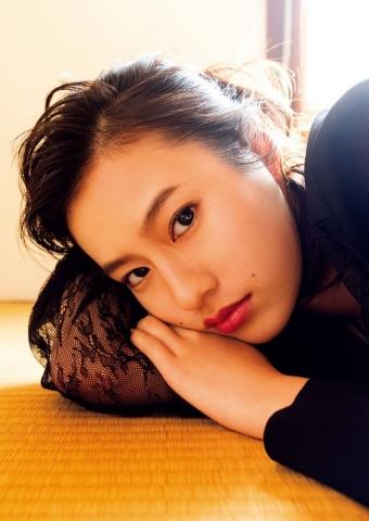 Yuri Tsunematsu swimsuit gravure Young hotshot actress008