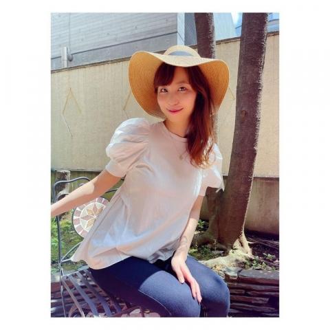 Spilling boobs Misumi Shioji045