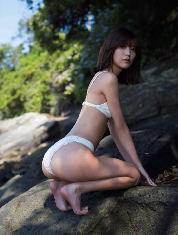 Misao Kudo at a guest house by the sea003