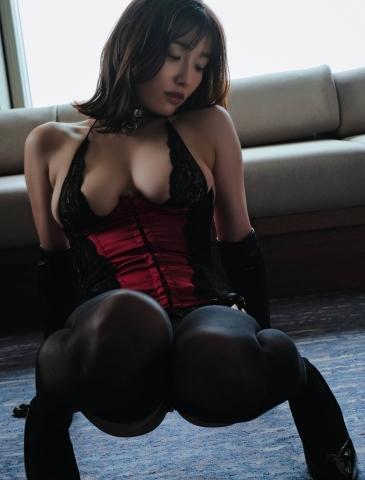 Anami Konno 777006