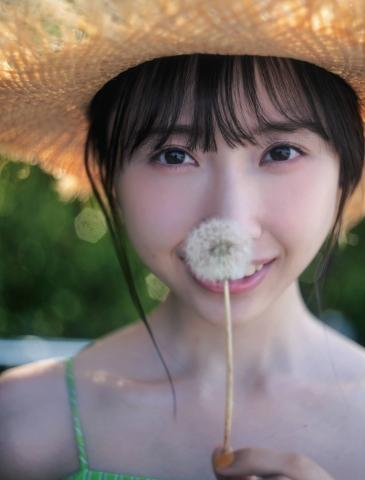 Kaede Yabushita shows off her first swimsuit003