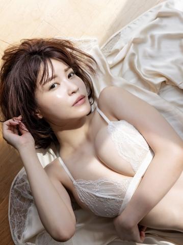 Asuka Kishi Premium swimsuit bikini gravure004