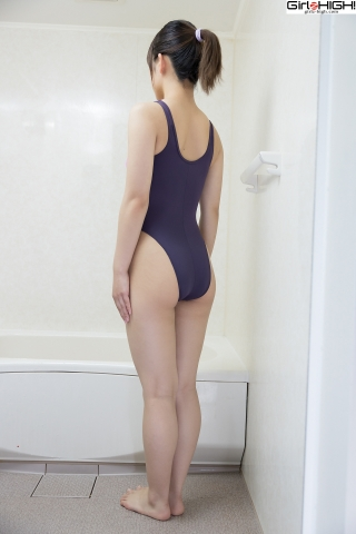 Anju Kouzuki Swimming Race Swimsuit Images FILA Shower004