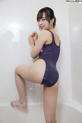 Anju Kouzuki Swimming Race Swimsuit Images FILA Shower020