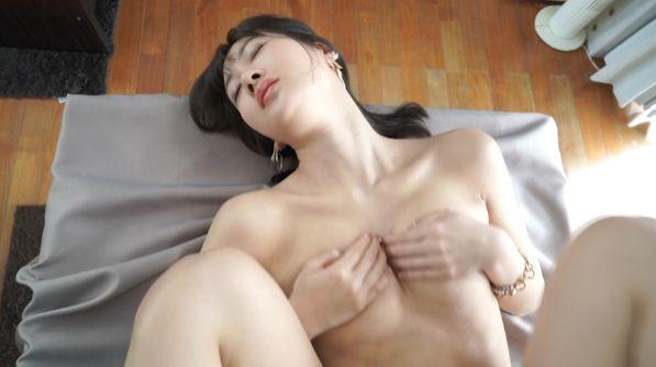 Airi Ikejiri Japans Most Beautiful Ass Idol034