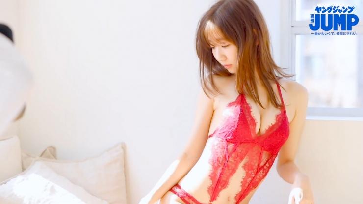 Yuki Kashiwagi the strongest idol who is reluctantly cute g002