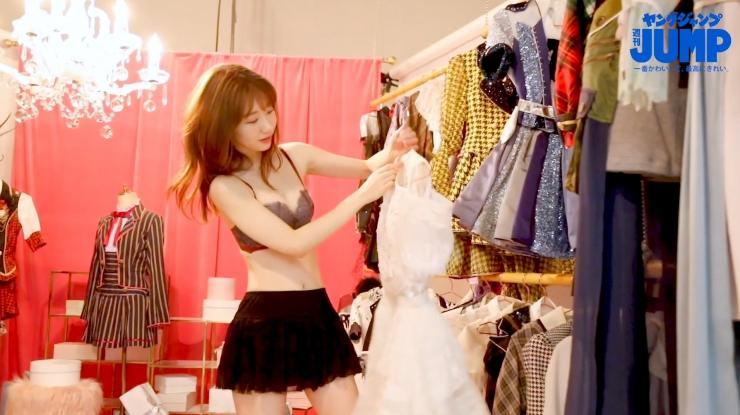 Yuki Kashiwagi the strongest idol who is reluctantly cute g029