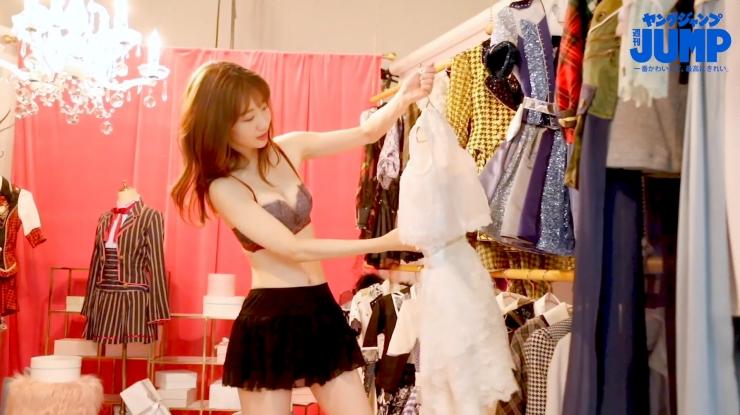 Yuki Kashiwagi the strongest idol who is reluctantly cute g030