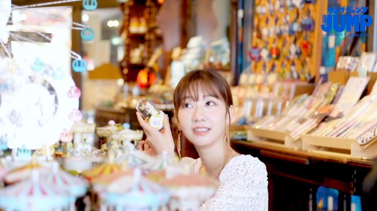 Yuki Kashiwagi the strongest idol who is reluctantly cute g058