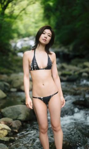 Yuki Fujiki Swimming After the Rain009