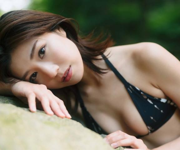Yuki Fujiki Swimming After the Rain011