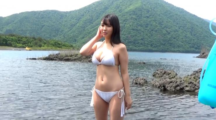 Aika Sawaguchi here she comes the gravure queen of Wa004