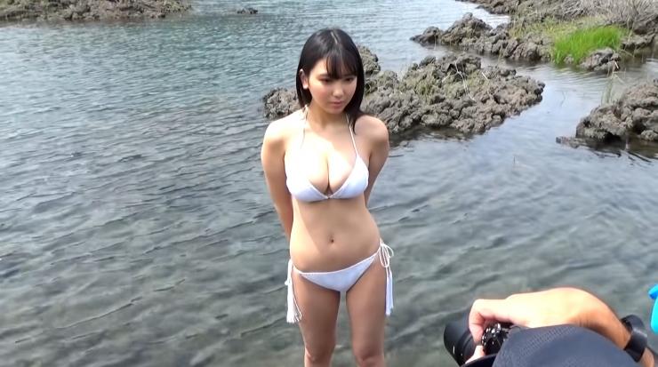Aika Sawaguchi here she comes the gravure queen of Wa007