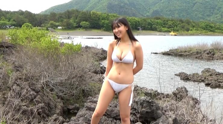 Aika Sawaguchi here she comes the gravure queen of Wa014
