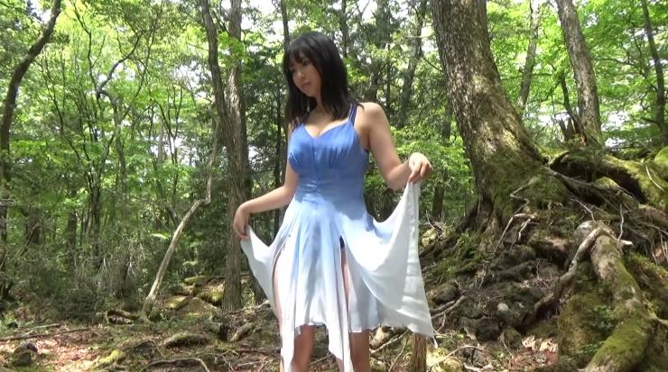 Aika Sawaguchi here she comes the gravure queen of Wa050