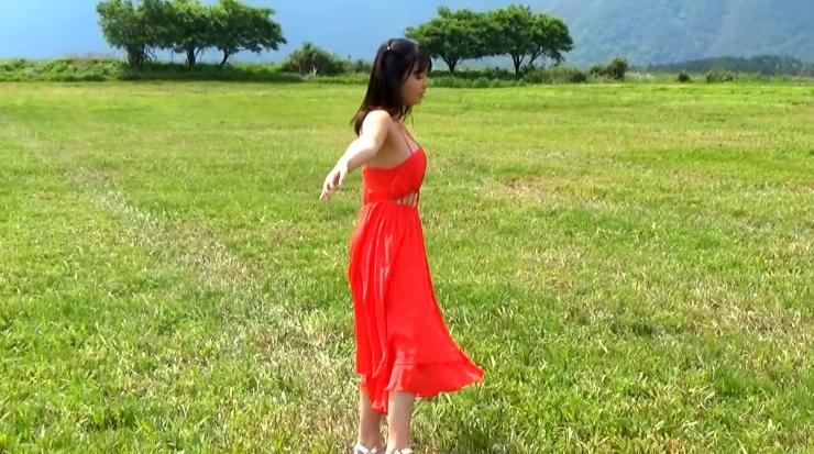 Aika Sawaguchi here she comes the gravure queen of Wa055