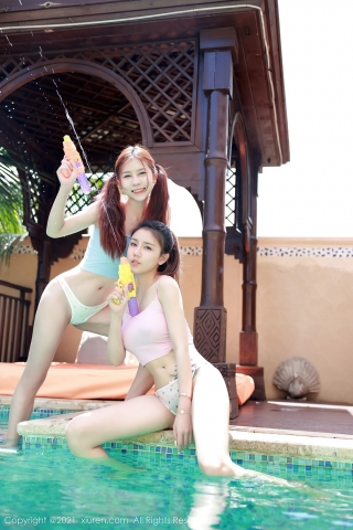 A beautiful swimsuit girl enjoying her vacation in Thailand015