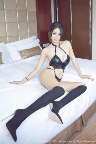 Black leather swimsuit micro bikini beautiful swimsuit021