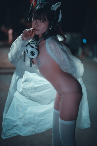 Night Prowler Exposed Cosplay047