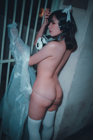 Night Prowler Exposed Cosplay064